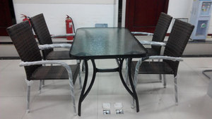 藤编 桌椅